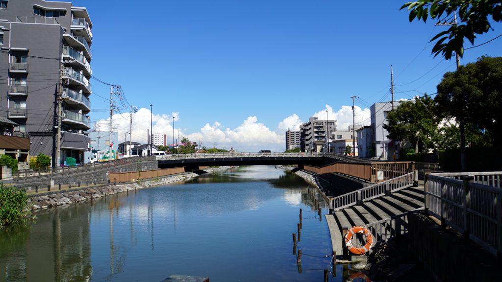 新川にかかる橋2