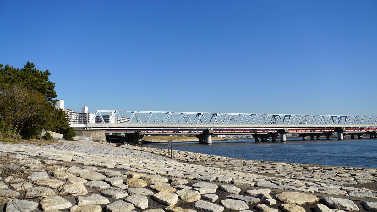 画像 JR京葉線の鉄橋
