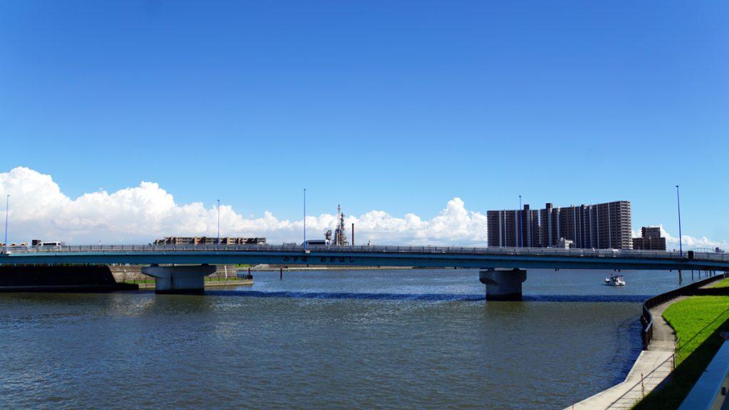 新中川にかかる瑞穂大橋