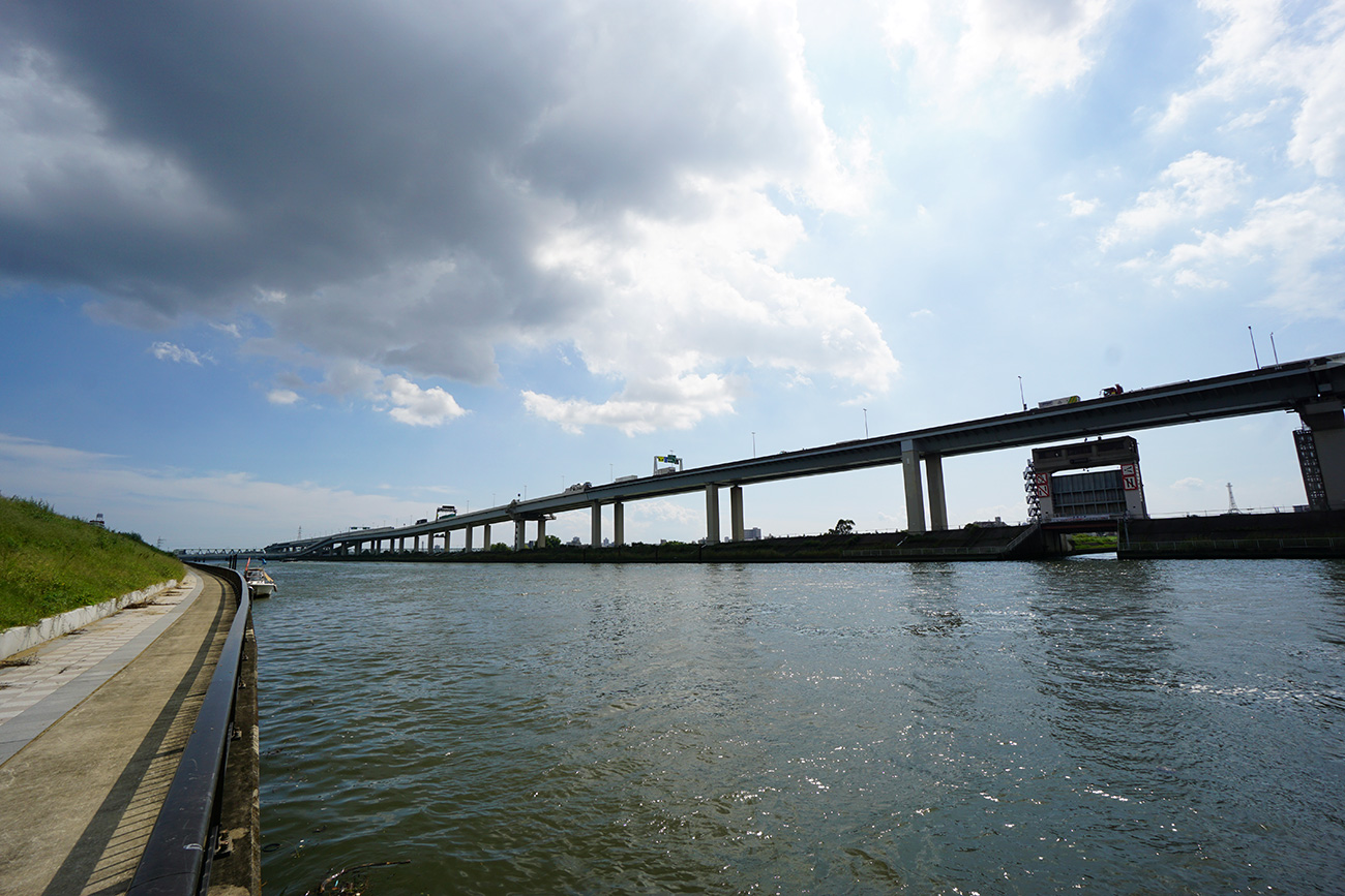 画像 中川放水路の風景