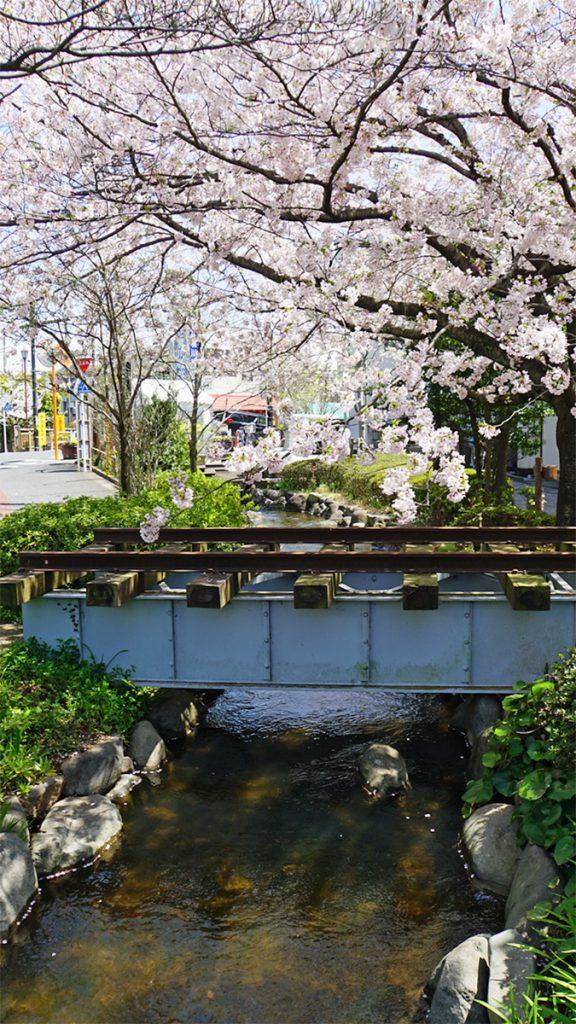 画像 一之江境川親水公園にある城東電車のモニュメント