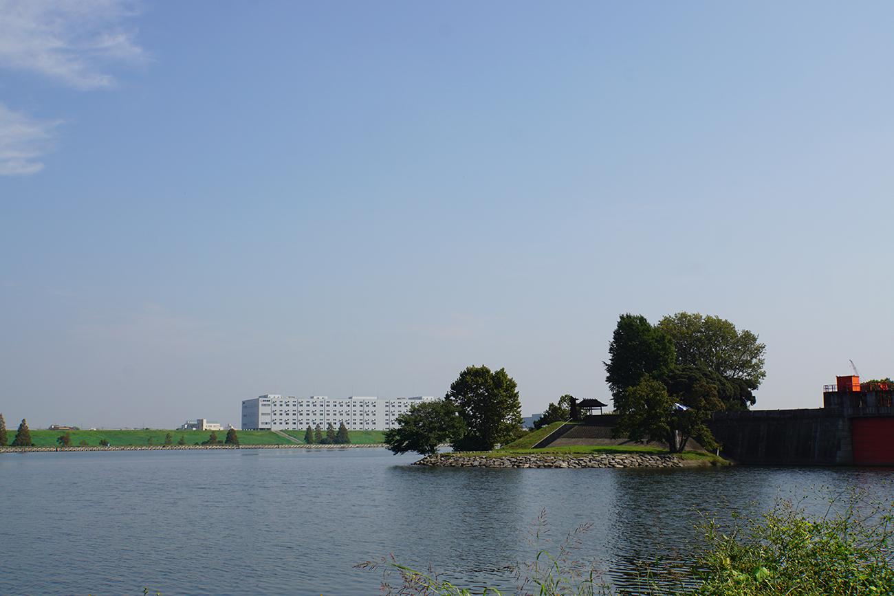 画像 荒川と隅田川の分岐点(旧岩淵水門周辺)