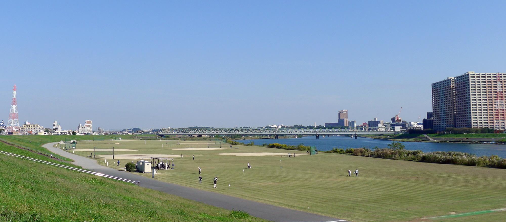 画像 江戸川河川敷の風景