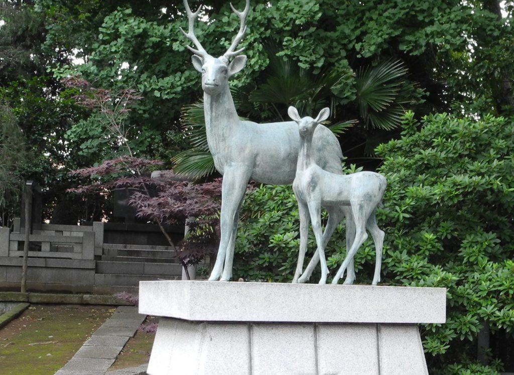画像 鹿骨鹿島神社の神鹿像