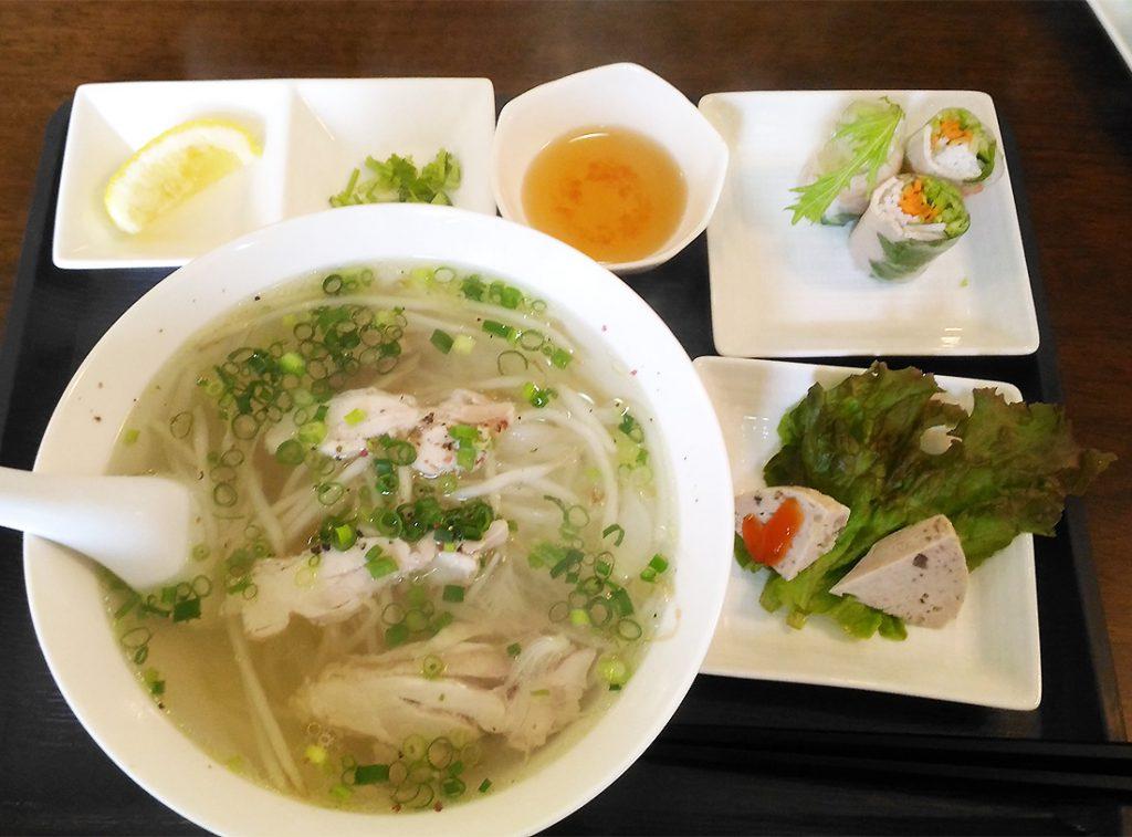 画像 ベトナム猟奇mitsukoレストランの「鶏肉のフォー」